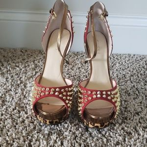 Guess Spiked pumps